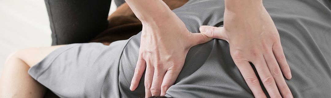 ボディケアは10分から60分までのコースがあり、患部の症状に応じ、施術いたします。 その他姿勢矯正・骨盤矯正など女性のお悩み解消にも人気のメニューを取り揃えております。 ストレッチやマッサージを主体としたスポーツ整体による施術もおこなっています。